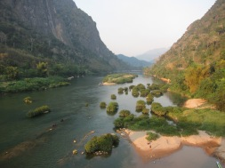 Nong Khiaw - view on the Nam Ou river