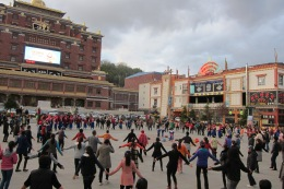 Tibetan dancing on the main square in Shangri-la