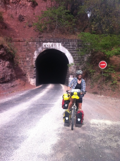 Fist tunnel (many more followed)...a bit scary, especially when unlit